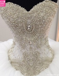 Luxury Beading Pearls CrystalsBall Gown Spaghetti Straps Vintage Wedding Dress 2105 Robe De Mariage Vestido De Noiva 2015 MS135