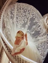 Latest Dress Designs A-Line White Off The Shoulder Half Sleeves Cathedral Train Elegant Lace Wedding Dresses Vestido Novia MK-6